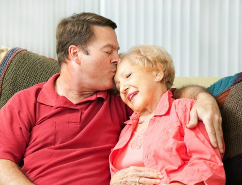 What Can You Do to Help Your Mom Adjust to Elderly Care Services?