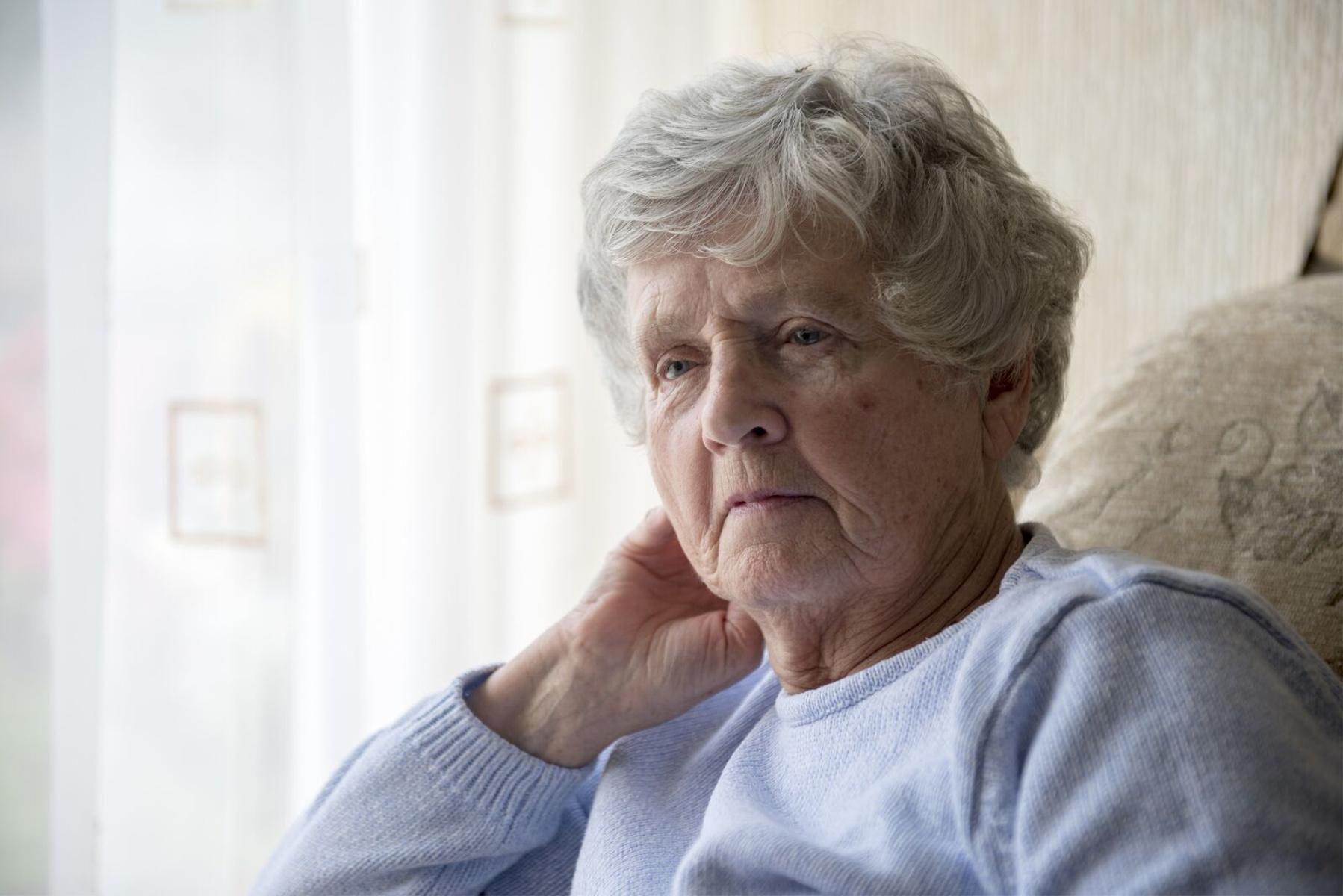 Caregiver in Oakmont PA: Senior Holiday Blues
