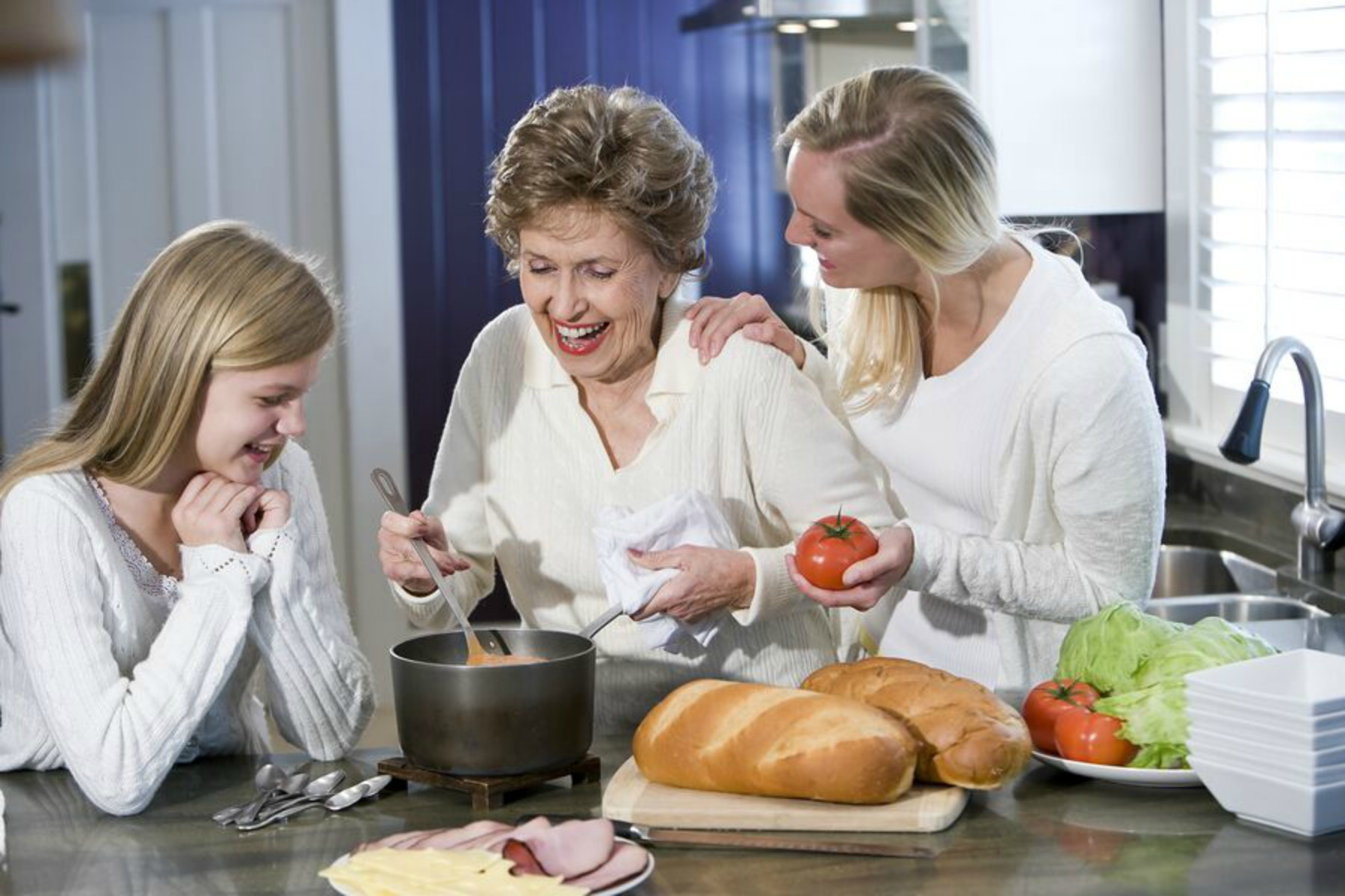 Home Health Care in South Park PA: Brighten Your Senior's Day